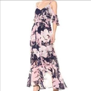 NWT Vince Camuto floral dress